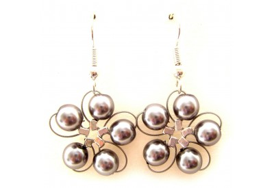 in bloom earrings - grey pearl