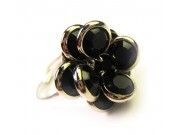 bezel-set crystal blossom ring - black, silver band